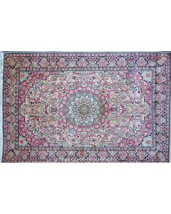 Regular Kashmir silk carpet 5'x7'