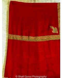 Pashmina stoles with borders